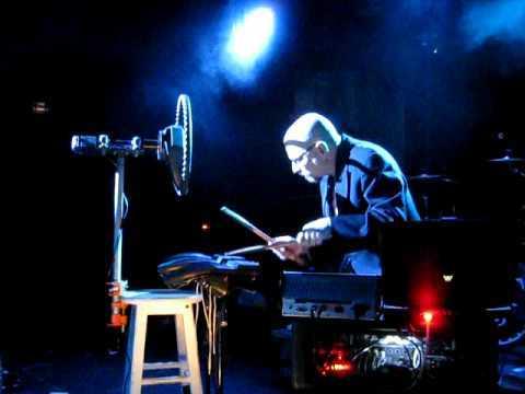 Joshua Fried's RADIO WONDERLAND - Clip 2 (2009-03-28 - (le) poisson rouge - New York, NY)