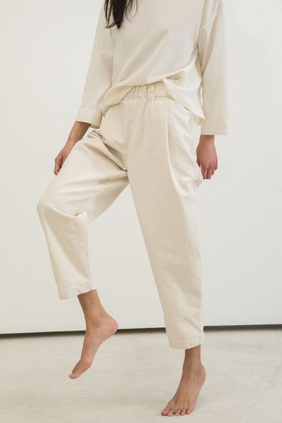 2-elizabeth-suzann-product-signature-andy-trouser-cotton-canvas-natural.jpg?v=1554906906