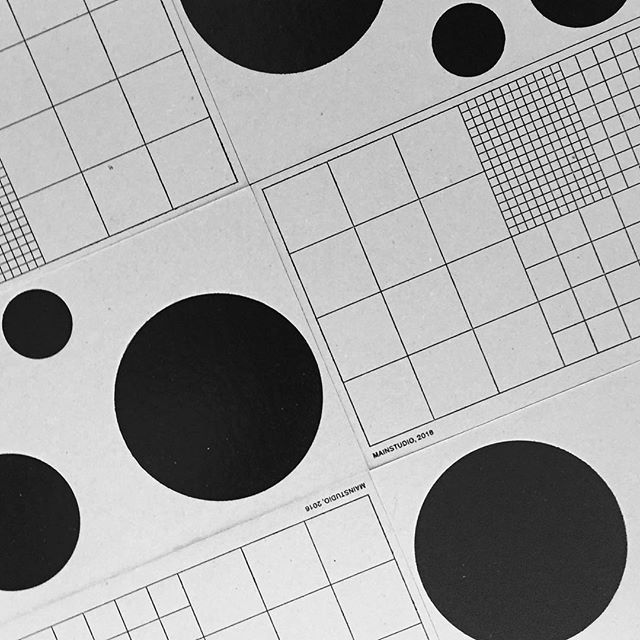 Grid cards @ourpostmodern #mainstudio #infinity #dots #postcard #foilblocking