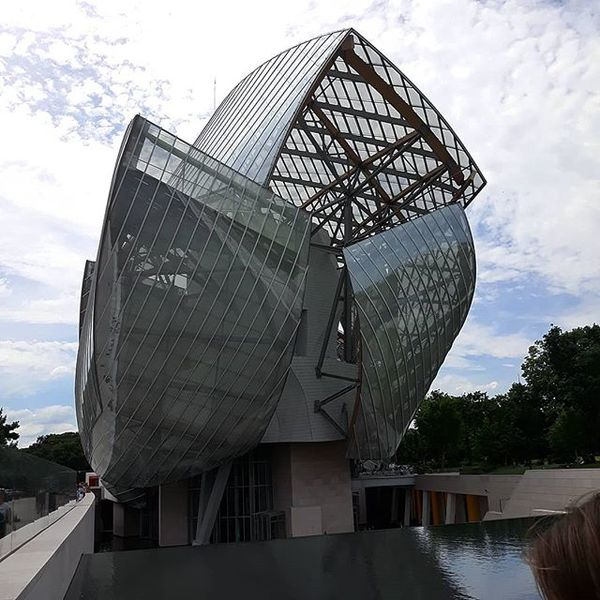 modern architecture of paris 🔎