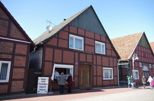 https://commons.wikimedia.org/wiki/File:Neuer_Winkel_7_Steinhude_Wunstorf.jpg
