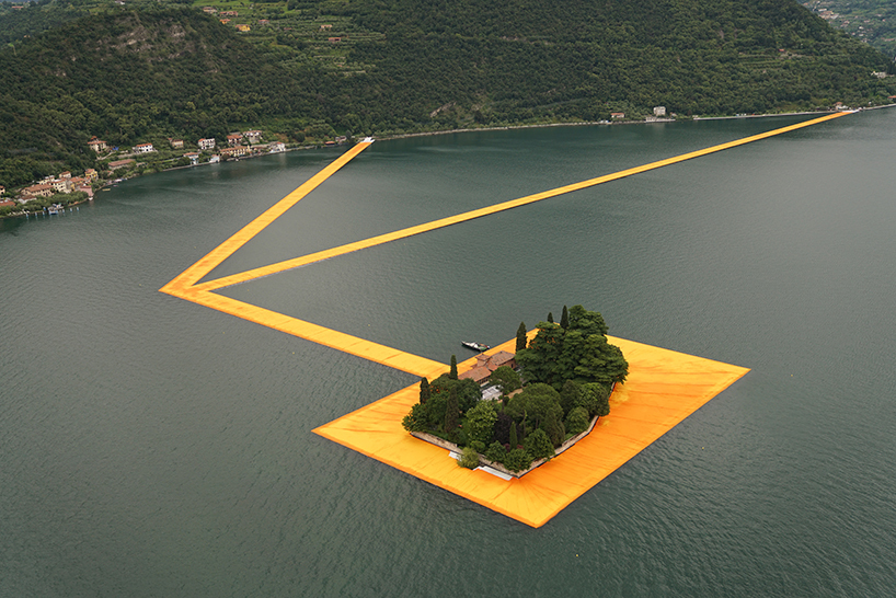 christo-and-jeanne-claude-floating-piers-lake-iseo-italy-designboom-01.jpg