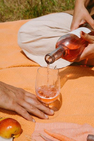 aesop_wines_02.jpg