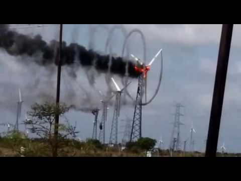 Windmill Fire Live video Capture Coimbatore Near Palladam Coimbatore Wind Turbine Fire video Due to high voltage and technical fault so it is fired and running high speed