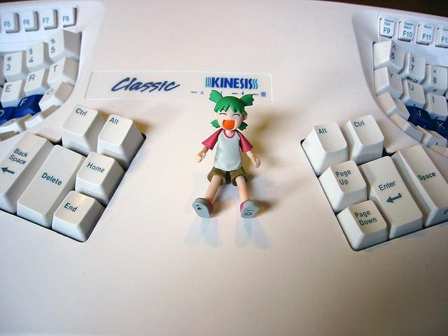 Kinesis_keyboard_doll.jpg
