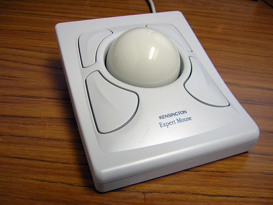 Kensington_Expert_Mouse_classic_70228.jpg
