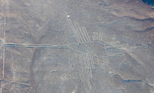 2560px-L-neas_de_Nazca-_Nazca-_Per-_2015-07-29-_DD_52.JPG