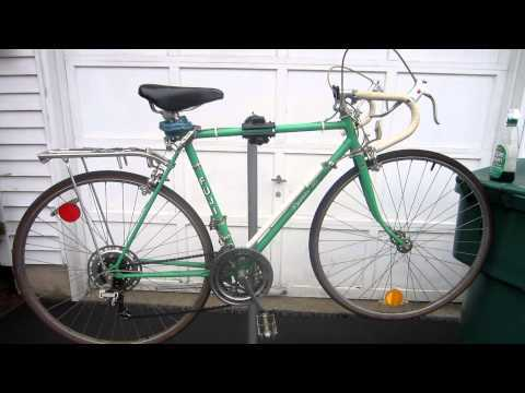 Flipping Bicycles- FUJI 10- SPEED ROAD BIKE. MAKE $$$ : $75-$100 for an hours work!