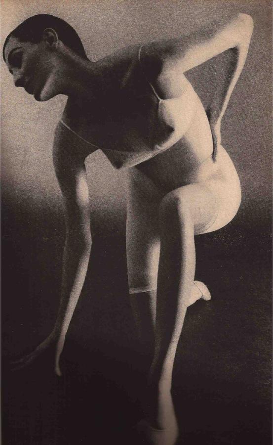 RudyGernreich-Barry-Kinn-Lingerie-January-1965.jpg