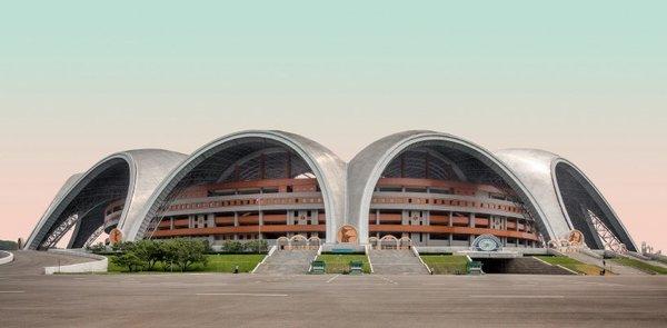 model-city-pyongyang-north-korea-book-report-designboom-10.jpg
