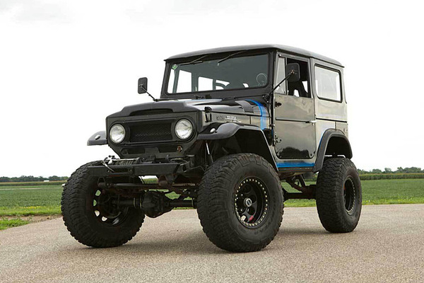 theres-a-chevy-v8-under-this-toyota-land-cruiser-brute.jpg