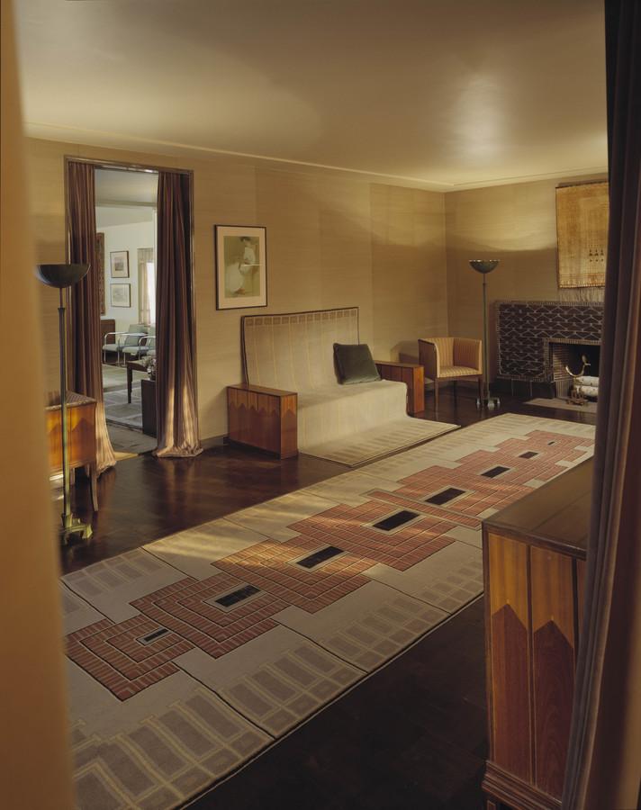 saarinen-living-room.jpg