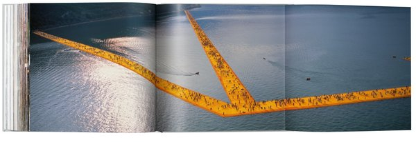 christo_and_jeanne_claude_the_floating_piers_art_edition_no_2140