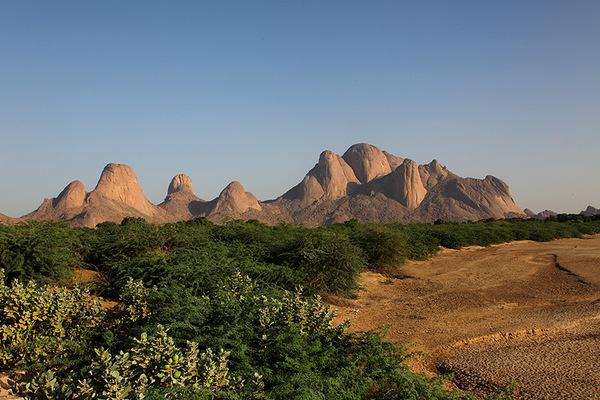 taka_mountains.jpg