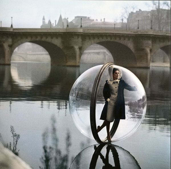 Melvin Sokolsky - Artists - Fahey Klein Gallery