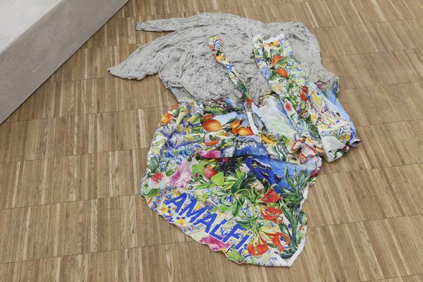 Anna-Sophie Berger, Concrete Coat (Amalfi), 2016