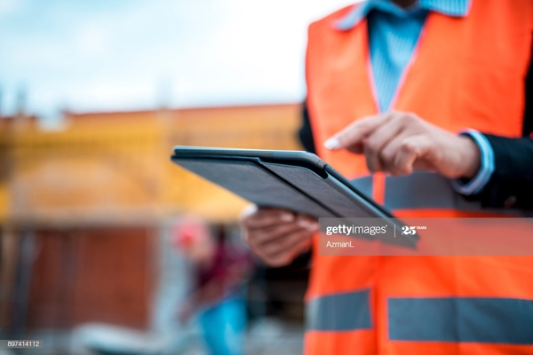 technology-is-also-part-of-construction-industry-picture-id897414112.jpeg