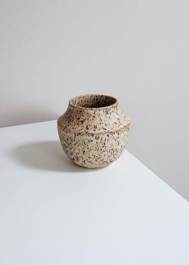 mesa-vase-savanna-01_1440x.jpg?v=1585700704