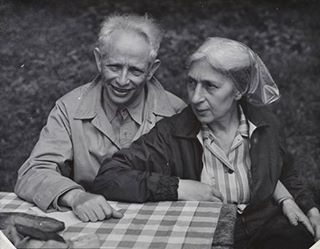 """Nancy Newhall, """"Max Wilhelm Dehn and his wife Toni, Professor of Mathematics at Black Mountain College,"""" c. 1948 [""""From Max and Toni Dehn (pictured here) to Anni and Josef Albers, as well as their colleagues Xanti Schawinsky, Fritz Moellenhoff, Heinrich Jalowetz, Natasha Goldowski, and many others, BMC welcomed immigrants from its very beginnings in the 1930s.""""]"""