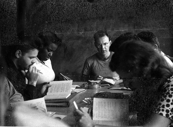 """Black Mountain College: """"Frank Rice class, with Knute Stiles (student 1946-1948) and Delores Fullman (student 1947-1949)"""""""