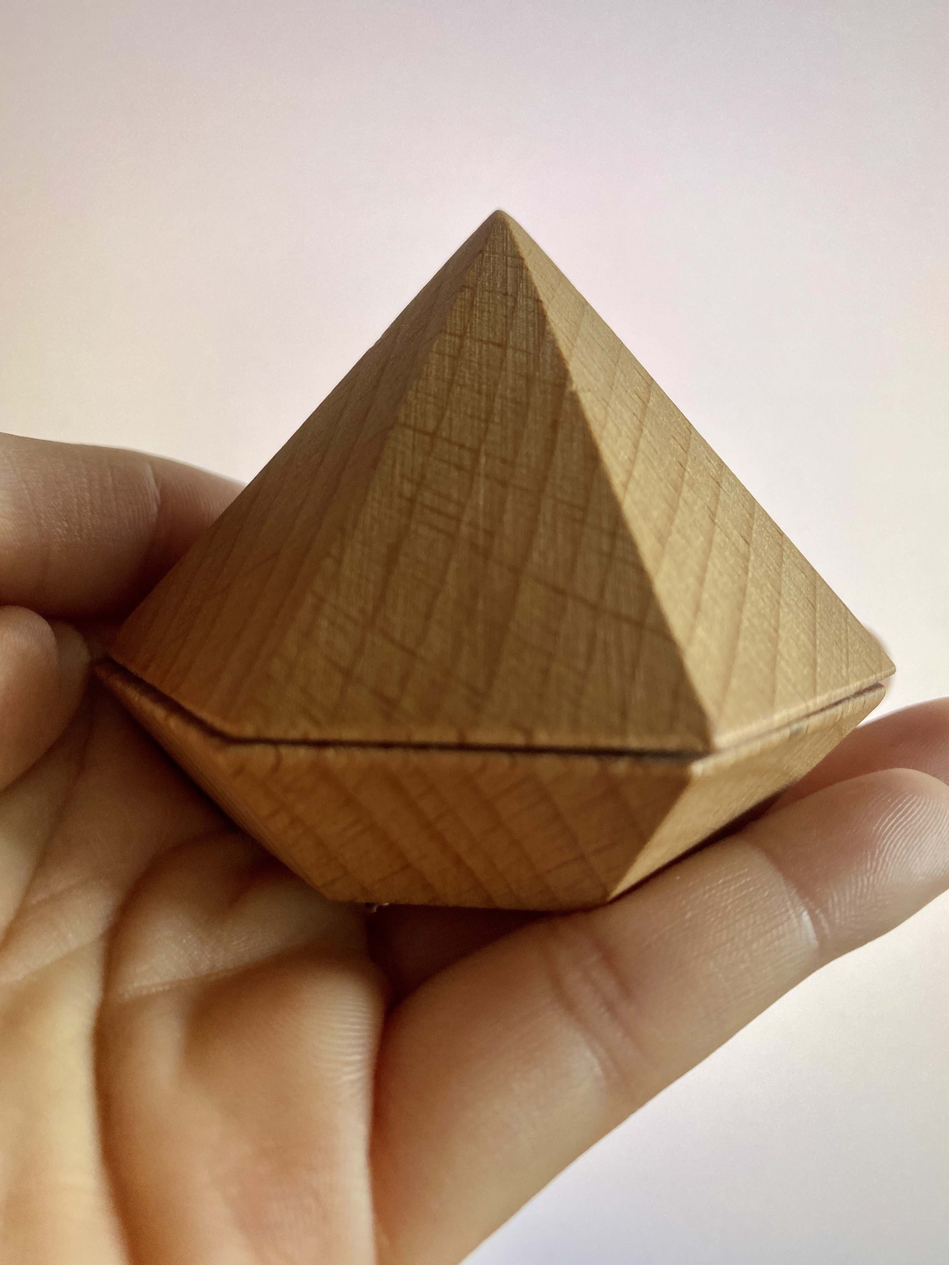 a box shaped like a crystal