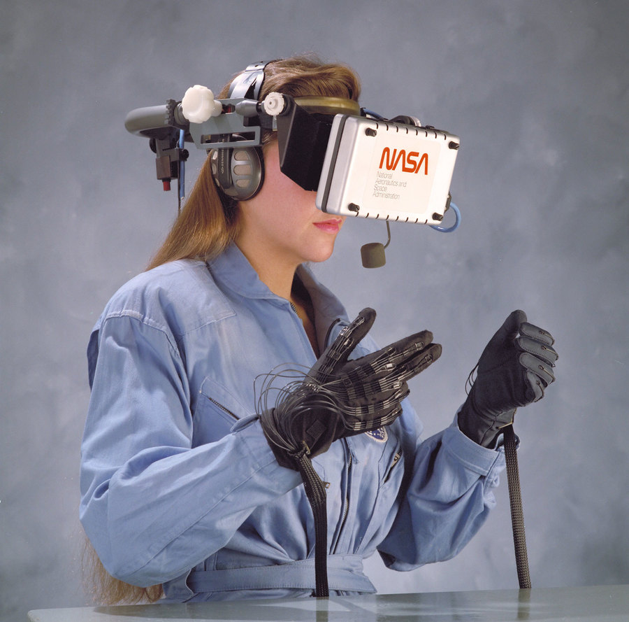 nasa-says-virtual-reality-will-be-standard-equipment-within-10-years.jpeg