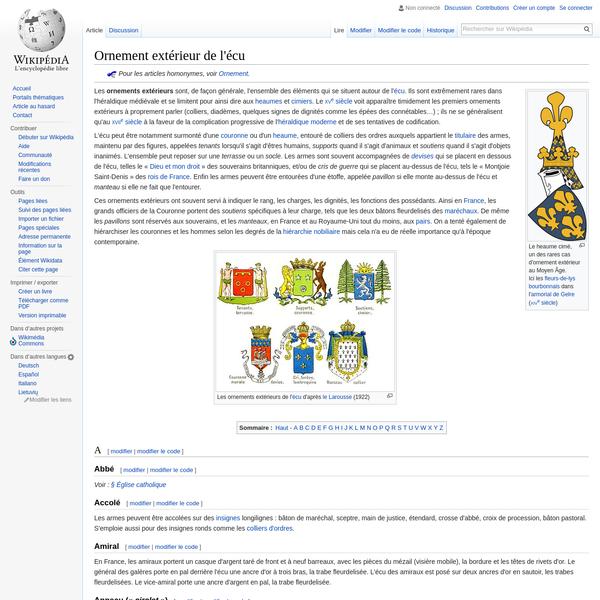En France, les amiraux portent un casque d'argent taré de front et à neuf barreaux, avec les pièces du mézail (visière mobile), la bordure et les têtes de rivets d'or. Le général des galères porte en pal derrière l'écu une ancre d'or à trois bras, la trabe fleurdelisée.