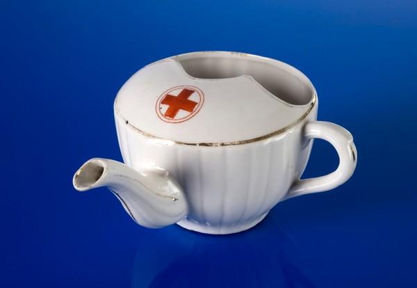 feeding-cup-europe-1910.jpg