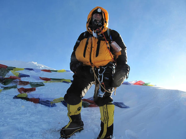 27_giles_everest_summit.jpg