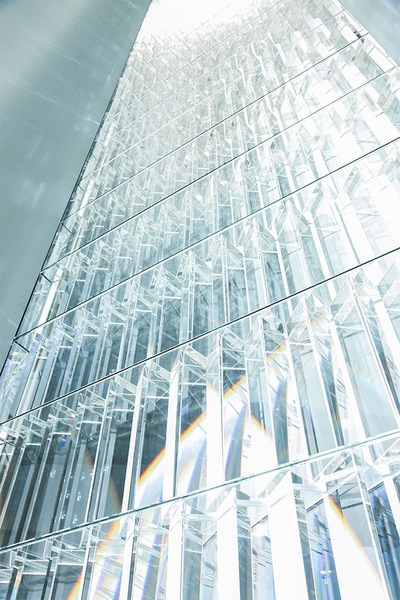Experimenting-with-Light-Space-Art-by-Tokujin-Yoshioka-6.jpg