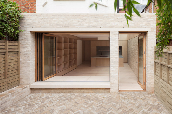 harvey-road-crouch-end-london-erbar-mattes-residential-architecture-extension_dezeen_2364_col_0-2.jpg
