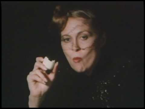 Kazumi Kurigami made a commercial for Parco featuring Faye Dunaway peeling a hard boiled egg