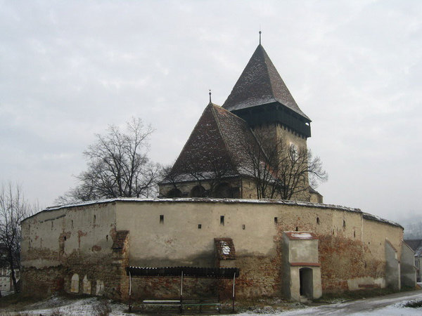 fortified-churches-10-Axente-Sever.jpg