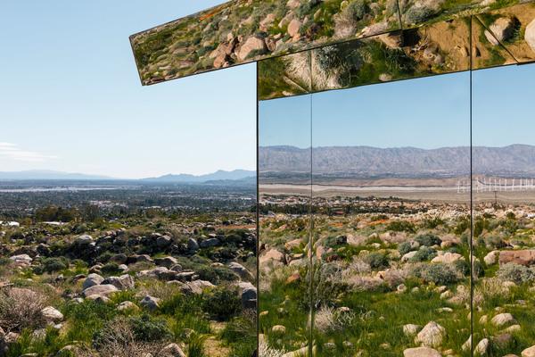 doug-aitken-lance-gerber-neville-wakefield-desert-x-installation-california-southern-art-exhibition-mirror_dezeen_2364_col_0.jpg