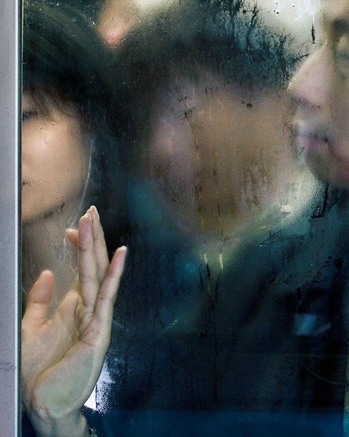 photography-tokyo-compression-michael-wolf-japan-13-58e23f0ecd06a__700.jpg