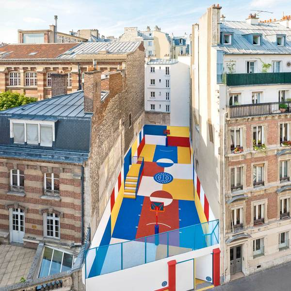 Pigalle-Duperre-and-Ill-Studio-Paris-Basketball-Court-Multi-Coloured-Installation-Yellowtrace-10.jpg