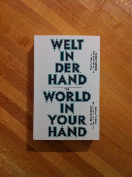 Welt In Der Hand / World In Your Hand